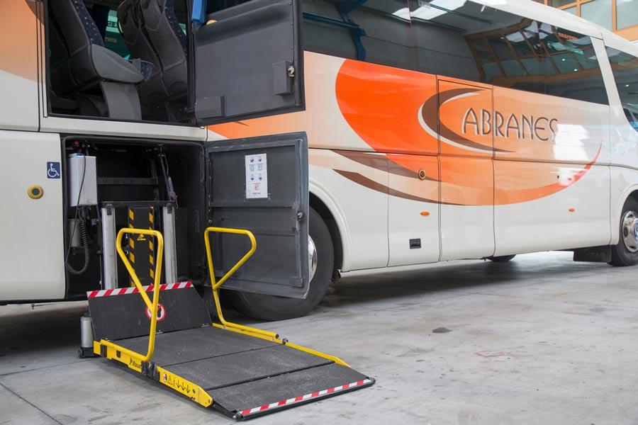 Plataformas de acceso para personas con movilidad reducida (PMR)
