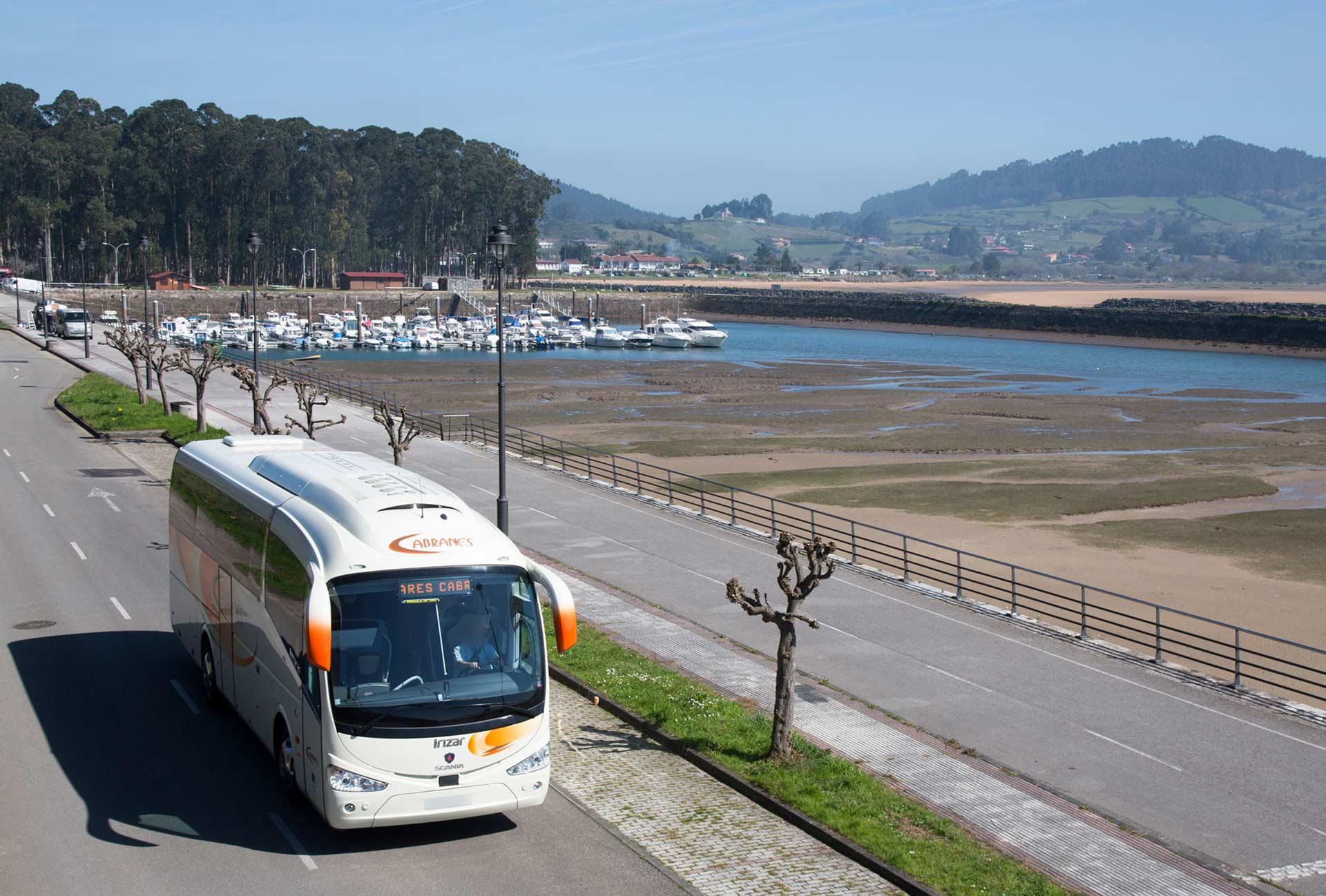 Autobuses para servicios turísticos