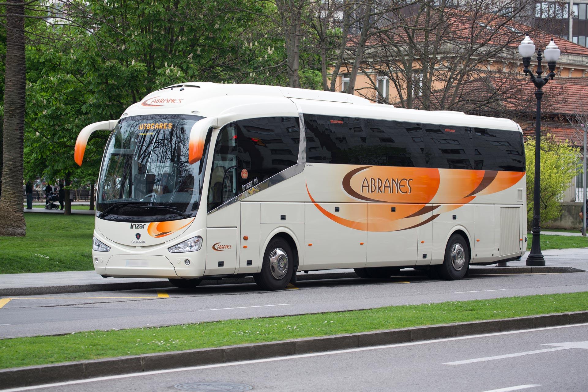 Autocar hasta 55 plazas