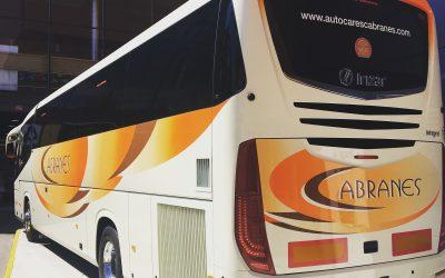 Autocares Cabranes expone en la 61ª FIDMA su última incorporación a flota